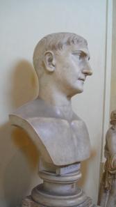 Bust Traian 1b