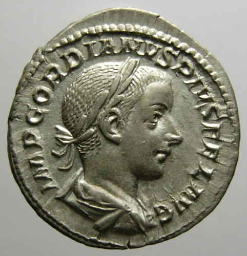 https://istoriesinumismatica.files.wordpress.com/2013/01/1-gordian-iii-av.jpg