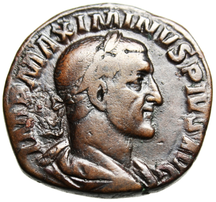 https://istoriesinumismatica.files.wordpress.com/2013/01/2-maximinus-av.jpg