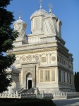 Alb 3 Manastirea Curtea de Arges Romania