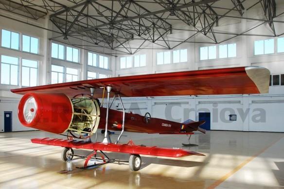 Coanda-1910-copia-avionului