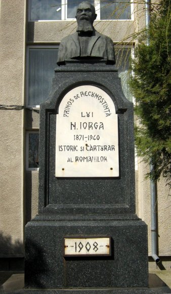 Bustul lui Nicolae Iorga 1936